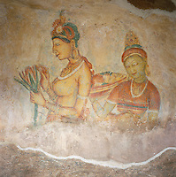 Sri Lanka, Sigiriya: Frescoes - the Sigiriya Damsels (rock Palace), since 1982 UNESCO World Heritage site | Sri Lanka, Sigiriya: Fresken von barbusigen Frauen (Wolkenmaedchen), seit 1982 UNESCO Weltkulturerbe