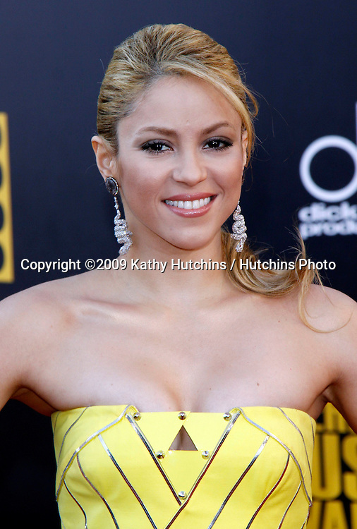 Shakira.The 2009 American Music Awards - Arrivals.Nokia Theatre L.A. Live.Los Angeles, CA.November 22, 2009.©2009 Hutchins Photo....