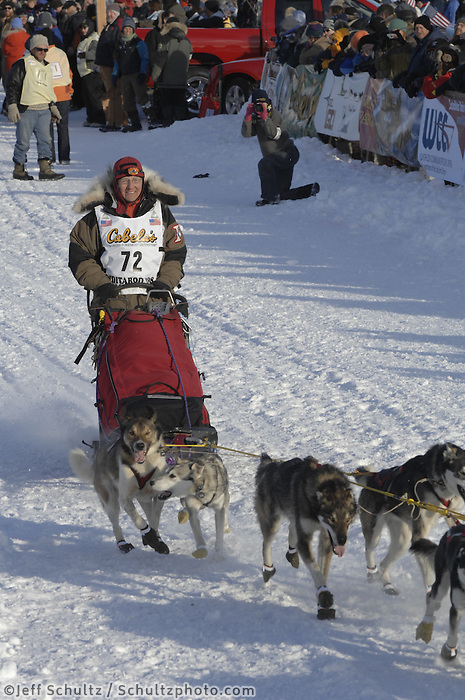 Sue Morgan Willow restart Iditarod 2008.