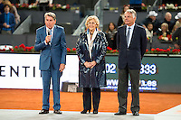 Manolo Santana (L), Madrid Mayor Manuela Carmena (C) and President of Mutua Madrileña, Ignacio Garralda (R) during  TPA Finals Mutua Madrid Open Tennis 2016 in Madrid, May 08, 2016. (ALTERPHOTOS/BorjaB.Hojas) /NortePhoto.com