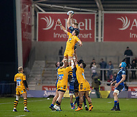 8th November 2019; AJ Bell Stadium, Salford, Lancashire, England; English Premiership Rugby, Sale Sharks versus Coventry Wasps; Daniel du Preez reaches high to win a line out for Sale Sharks - Editorial Use