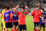Hwang Heechan of South Korea (C) acknowledges the fans after the AFC Asian Cup UAE 2019 Group C match between South Korea (KOR) and China (CHN)  at Al Nahyan Stadium on 16 January 2019 in Abu Dhabi, United Arab Emirates. Photo by Marcio Rodrigo Machado / Power Sport Images