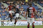 Atlético Junior y Cúcuta Deportivo empataron 1 - 1 en la novena jornada del Torneo Clausura Colombiano 2013 / Disputa aérea del balón tras un tiro de esquina.