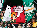 Celtic fans response to Zombie banner charge from SFA