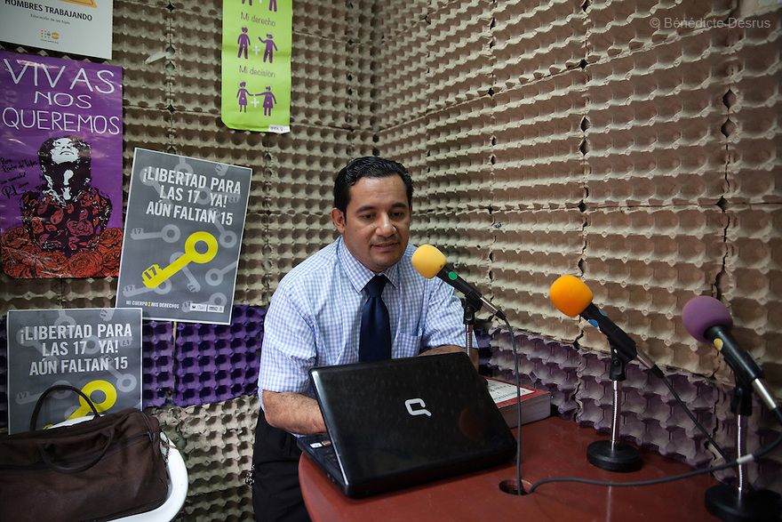 "Dennis Estanley Muñoz Rosa, a lawyer working with rights groups to free women in prison on abortion charges, talks during a radio program called ""From the hospital to the prison"" at ""La Casa de Todas"" in San Salvador, El Salvador on June 10, 2015. Abortion in El Salvador is illegal. The law formerly permitted an abortion to be performed under some limited circumstances, but, in 1998, all exceptions were removed when a new abortion law went into effect. Photo by Bénédicte Desrus"