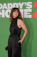 """LOS ANGELES - NOV 5:  Linda Cardellini at the """"Daddy's Home 2"""" Los Angeles Premiere at the Village Theater on November 5, 2017 in Westwood, CA"""