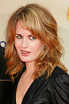 UNIVERSAL CITY, CA. - May 31: Actress Elizabeth Reaser arrives at the 2009 MTV Movie Awards held at the Gibson Amphitheatre on May 31, 2009 in Universal City, California.