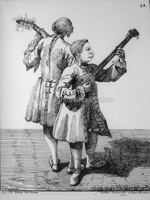 Musicians in Venice, Italy, playing the lute, drawing by Per Leone Ghezzi, 1674-1755, early 18th century. Copyright © Collection Particuliere Tropmi / Manuel Cohen