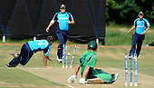 ICC World Cricket League, Div 1 - Scotland V Ireland at the Voorburg Cricket Club, Netherlands - chaos for Scotland with wickets falling at both ends, though it was all not out, coming off a free hit after a no ball - Picture by Donald MacLeod 05.07.10 - mobile 07702 319 738 - clanmacleod@btinternet.com