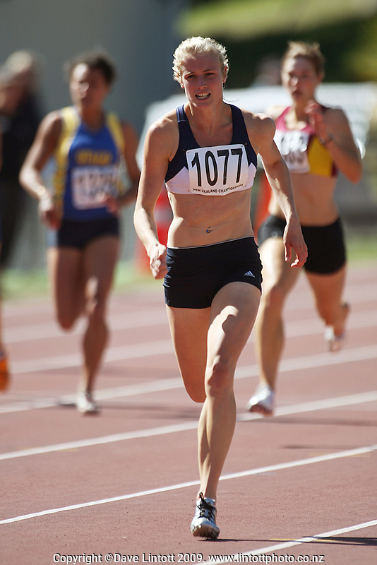 Auckland's Andrea Koenen pulls away to win the women's under-19 200m final during day three of the National athletics championships at Newtown Park, Wellington, New Zealand on Sunday, 29 March 2009. Photo: Dave Lintott / lintottphoto.co.nz