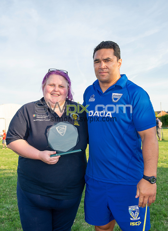 Picture by Allan McKenzie/SWpix.com - 25/07/2018 - Rugby League - Dacia Flair Play - New Spring Lions & Ince Rose Bridge RLFC, Ince-in-Makerfield, England - Dacia FlairPlay award is given to the Aspull New Spring Lions Ability Team.
