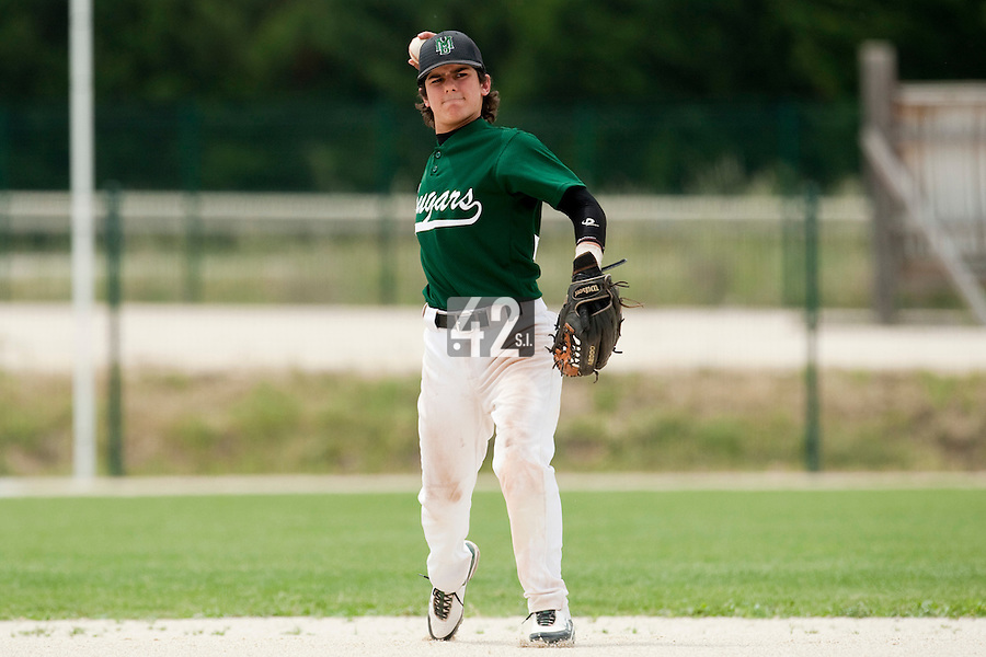 22 May 2009: Maxime Lefevre of Montigny throws the ball to first base during the 2009 challenge de France, a tournament with the best French baseball teams - all eight elite league clubs - to determine a spot in the European Cup next year, at Montpellier, France.