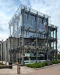 """Budynek """"Gdynia Infobox"""" u zbiegu Świętojańskiej i 10 Lutego to centrum informacji o realizowanych inwestycjach. Można tu zapoznać się zkulturalną ofertą miasta i planami jego rozwoju na następne lata."""