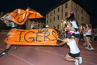 Football game during Homecoming Weekend at Occidental College, Oct. 6, 2012. (Photo by Marc Campos, Occidental College Photographer)