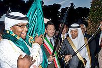 Roma 3 Ottobre 2013<br /> Celebrazioni per gli 80 Anni di Relazioni Diplomatiche tra Arabia Saudita e Italia.<br /> Il Sindaco di Roma  Ignazio  Marino e il residente della Commissione Saudita per le Antichit&agrave; e il Turismo Sua Altezza Reale  il Principe Sultan bin Salman Bin Abdul Aziz Al Saud, inaugurano la mostra &quot;Alla scoperta dell'Arabia Saudita&quot;  al Vittoriano, impugnando le  tradizionali spade arabe.<br /> Saudi Cultural Days in Rome<br />  The  Mayor of Rome Ignazio Marino,  President of the Saudi Commission for Tourism and Antiquities  His Royal Highness Prince Sultan bin Salman bin Abdul Aziz Al Saud, opened the exhibition &quot;Discovery  Saudi Arabia &quot;at the Vittoriano Monument, holding the traditional Arab swords