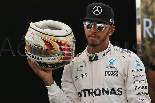 17.03.2016. Melbourne, Australia. 2016 F1 Grand Prix Australian Grand Prix Mar 17th. Melbourne Grand Prix Circuit, Albert Park, Melbourne, Australia.  Mercedes AMG Petronas – Lewis Hamilton