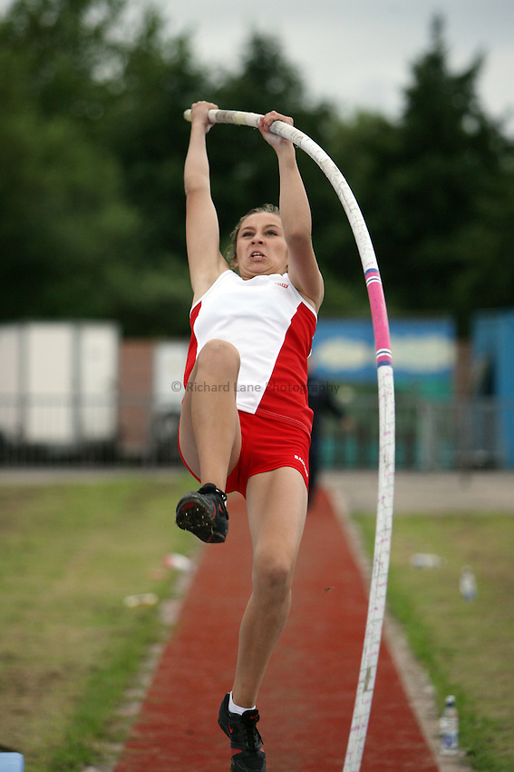 Photo: Rich Eaton...Schools International Athletic Board, Track & Field International Match, Newport. 21/07/2007. Jade Ive of England competes in the girls pole vault.