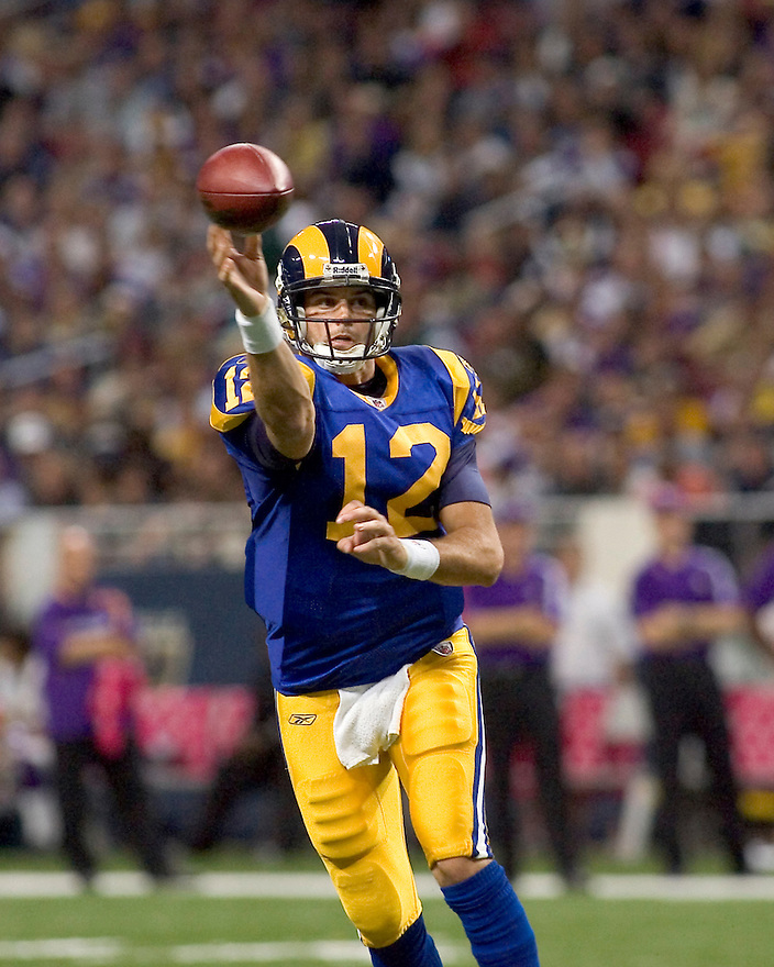 October 11, 2009 - St Louis, Missouri, USA - Rams quarterback Kyle Boller (12) in action in the game between the St Louis Rams and the Minnesota Vikings at the Edward Jones Dome.  The Vikings defeated the Rams 38 to 10.