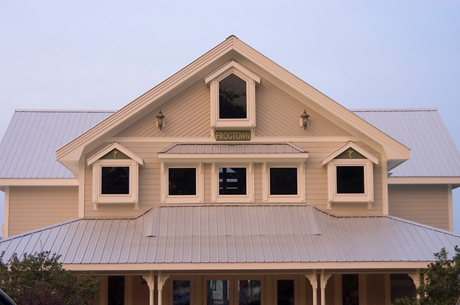 Architecture of Frogtown Cellars, Dahlonega, Georgia