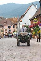 tractor eguisheim alsace france