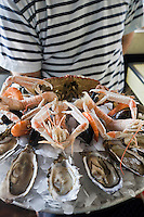 Europe/France/Aquitaine/33/Gironde/Bassin d'Arcachon/Arcachon: Brasserie:Chez Yvette- Plateau de fruits de mer