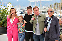"CANNES, FRANCE. May 17, 2019: Debbie Honeywood, Katie Proctor, Rhys Stone, Kris Hitchen & Ken Loach at the photocall for the ""Sorry We Missed You"" at the 72nd Festival de Cannes.<br /> Picture: Paul Smith / Featureflash"