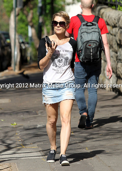 5 OCTOBER SYDNEY AUSTRALIA ..NON EXCLUSIVE ..Natalie Bassingthwaighte spotted at Potts Point visiting a health spa dressed casually in denim skirt and t-shirt....*No internet without clearance*.MUST CALL PRIOR TO USE ..+61 2 9211-1088.Matrix Media Group.Note: All editorial images subject to the following: For editorial use only. Additional clearance required for commercial, wireless, internet or promotional use.Images may not be altered or modified. Matrix Media Group makes no representations or warranties regarding names, trademarks or logos appearing in the images.