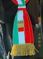 la fascia tricolore delSidaco  di Napoli  durante la cerimonia di  commemorazione delle 4 giornate di Napoli