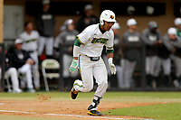 San Jacinto Gators outfielder Jordan Myron (4) in action against the Bossier Parish Community College Cavaliers at Harrison Field on February 2, 2018 in Houston, TX. (Erik Williams/Four Seam Images)