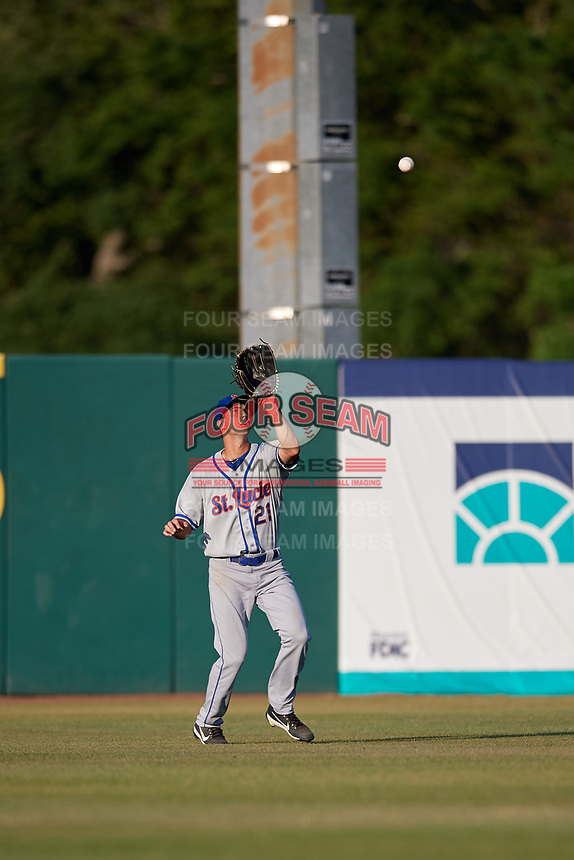St. Lucie Mets center fielder Jacob Zanon (21) settles under a fly ball during a game against the Florida Fire Frogs on April 19, 2018 at Osceola County Stadium in Kissimmee, Florida.  St. Lucie defeated Florida 3-2.  (Mike Janes/Four Seam Images)