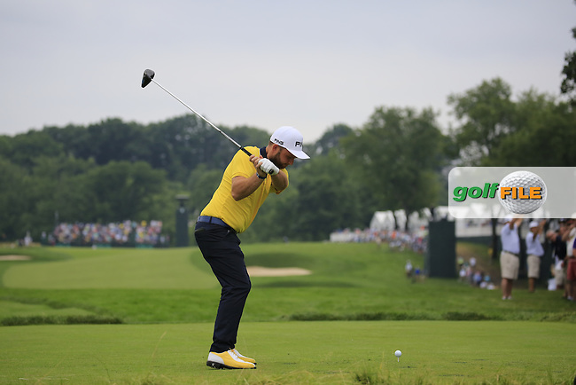 Andy Sullivan (ENG) tees off the 3rd tee during Friday's Round 1 of the 2016 U.S. Open Championship held at Oakmont Country Club, Oakmont, Pittsburgh, Pennsylvania, United States of America. 17th June 2016.<br /> Picture: Eoin Clarke | Golffile<br /> <br /> <br /> All photos usage must carry mandatory copyright credit (&copy; Golffile | Eoin Clarke)