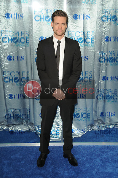 Shane West<br /> at the 2011 People's Choice Awards - Arrivals, Nokia Theatre, Los Angeles, CA. 01-05-11<br /> David Edwards/DailyCeleb.com 818-249-4998