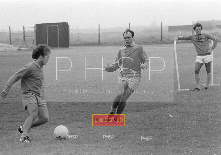 03/08/80 Blackpool training...© Phill Heywood.
