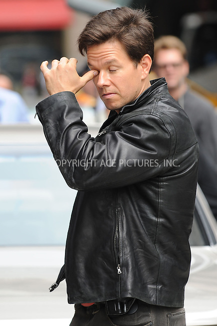 WWW.ACEPIXS.COM . . . . . ....September 23 2009, New York City....Mark Wahlberg on the set of the new movie 'The Other Guys' in midtown Manhattan on September 23, 2009 in New York City.....Please byline: KRISTIN CALLAHAN - ACEPIXS.COM.. . . . . . ..Ace Pictures, Inc:  ..tel: (212) 243 8787 or (646) 769 0430..e-mail: info@acepixs.com..web: http://www.acepixs.com