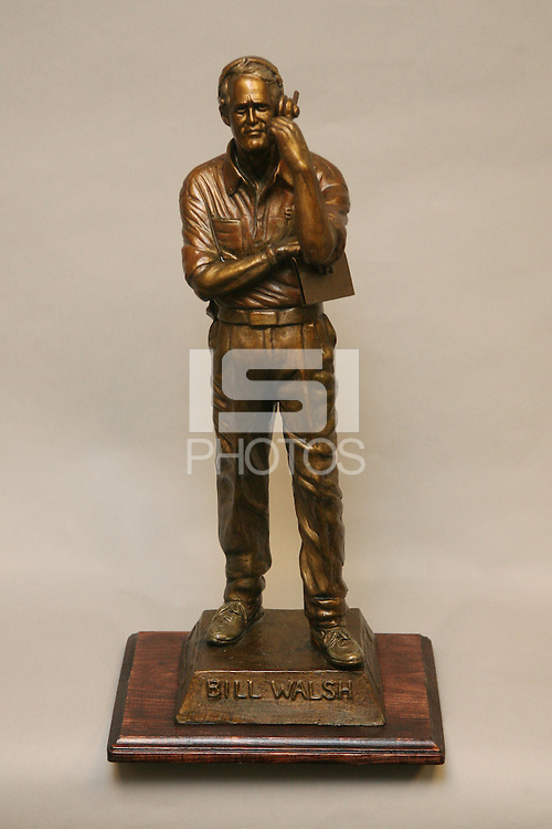 1 November 2007: A photo of a Bill Walsh statue.