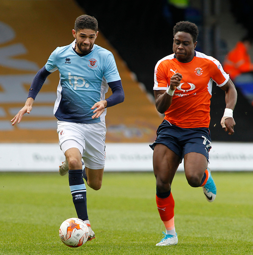 Blackpool's Kelvin Mellor gets away from Luton Town's Pelly Ruddock<br /> <br /> Photographer David Shipman/CameraSport<br /> <br /> The EFL Sky Bet League Two - Luton Town v Blackpool - Saturday 1st April 2017 - Kenilworth Road - Luton<br /> <br /> World Copyright &copy; 2017 CameraSport. All rights reserved. 43 Linden Ave. Countesthorpe. Leicester. England. LE8 5PG - Tel: +44 (0) 116 277 4147 - admin@camerasport.com - www.camerasport.com