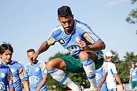 SAO PAULO, 21 DE FEVEREIRO, 2013  - TREINO PALMEIRAS - O jogador Vilson do palmeiras durante treino na Academia de Futebol, na tarde desta quinta-feira(21), zona oeste de capital.  A equipe se prepara para 9ª rodada do paulistão - FOTO: LOLA OLIVEIRA//BRAZIL PHOTO PRESS