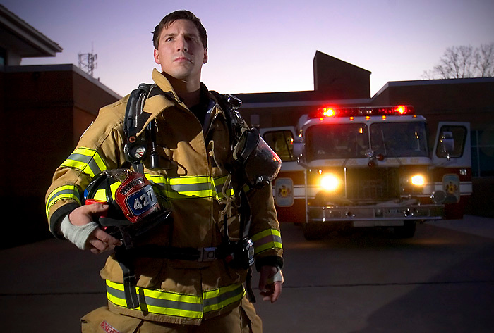 Kristopher Keyser after serving eight years in the Army Reserve including a deployment to Iraq, is now a paramedic and a firefighter at Fairfax County Virginia's Station House 27. December, 8, 2006. (James J. Lee / Times Staff)