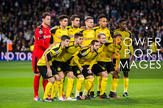 Players of Borussia Dortmund line up and pose for a photo prior to the 2016-17 UEFA Champions League match between Real Madrid and Borussia Dortmund at the Santiago Bernabeu Stadium on 07 December 2016 in Madrid, Spain. Photo by Diego Gonzalez Souto / Power Sport Images