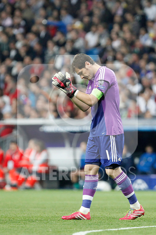Real Madrid´s goalkeeper Iker Casillas during Champions League First Knock-out Round 2nd leg soccer match at Santiago Bernabeu stadium in Madrid, Spain. March 18, 2014. (ALTERPHOTOS/Victor Blanco)