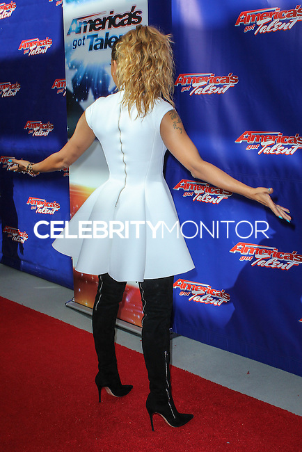 """NEWARK, NJ, USA - FEBRUARY 20: Mel B, Melanie Brown at the """"America's Got Talent"""" Season 9 Photo Call held at the New Jersey Performing Arts Center on February 20, 2014 in Newark, New Jersey, United States. (Photo by Jeffery Duran/Celebrity Monitor)"""