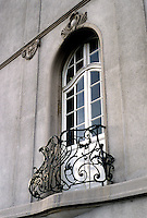 Frankfurt: Window, Railing--Ludolfusstr in heavily populated Bockenheim district. Photo '87.