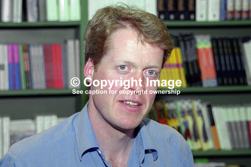 9th Earl Spencer, aka Charles Spencer, author, historian, journalist, Althorp, Northamtonshire, UK, at 2012 Hay-on-Wye International Book Festival, Wales. Brother of Diana, Princess of Wales. 200505313.<br />