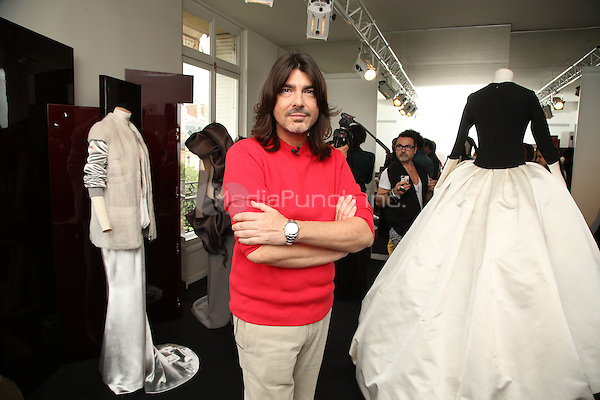 Stephane Rolland Paris Haute Couture fashion 2016<br /> Paris, France, July 05  2016.<br /> CAP/GOL<br /> &copy;GOL/Capital Pictures /MediaPunch ***NORTH AND SOUTH AMERICAS ONLY***