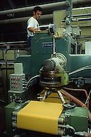 Produzione di pasta. Pasta production....