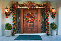 Carved Wooden Door Xmas Wreath Decorations