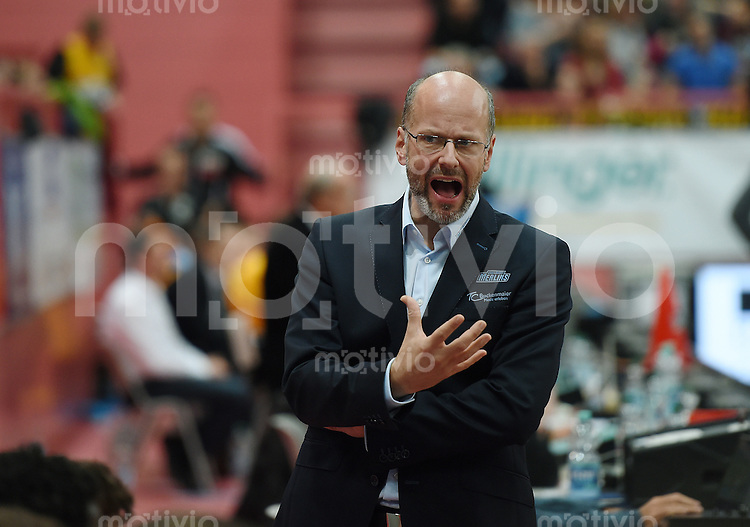 Basketball  1. Bundesliga  2015/2016  Hauptrunde  5. Spieltag  25.10.2015 Walter Tigers Tuebingen - Crailsheim Merlins Trainer Ingo Enskat (Crailsheim Merlins)