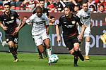 14.04.2018, BayArena, Leverkusen , GER, 1.FBL., Bayer 04 Leverkusen vs. Eintracht Frankfurt<br /> im Bild / picture shows: <br /> Charles Ar&aacute;nguiz (Leverkusen #20), <br /> Jonathan De Guzman (Frankfurt #6),  <br /> Kai Havertz (Leverkusen #29),  <br /> <br /> <br /> Foto &copy; nordphoto / Meuter