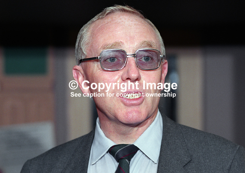 Terry Field, MP, Labour Party, UK, 19901001004.<br />