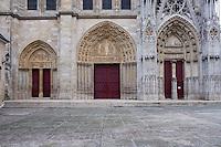 Portal, Church of Notre Dame, 12th - 14th century, Mantes-la-Jolie, Yvelines, France Picture by Manuel Cohen